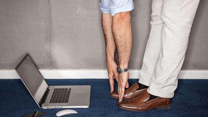 ofiste-saglik-egzersiz-hareketleri-kan-dolasimi